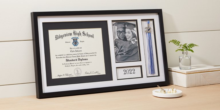 Deluxe Graduation Picture Frame
